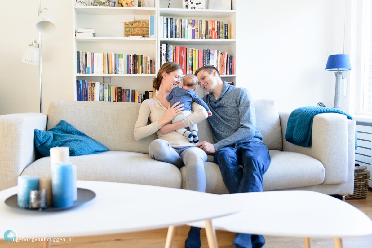 Lifestyle babyshoot in eigen huis