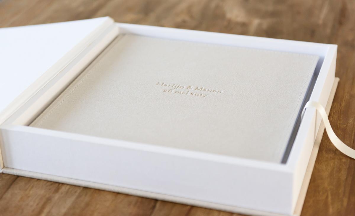 Trouwboek en trouwalbum