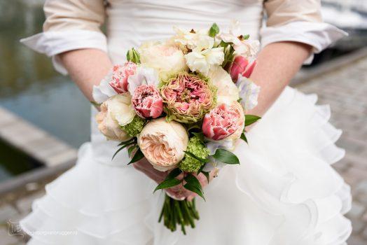 Wel of geen bruidsboeket op je bruiloft